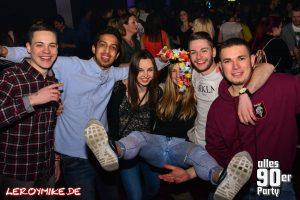 leroymike-eventfotograf-fulda-alles-90er-party-kuz-fulda-28-01-2017-01-2017-01-29-06-31-56-300x200