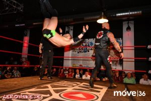 leroymike-eventfotograf-fulda-wrestling-wxw-we-love-wrestling-tour-2017-fulda-01-04-2017-06-2017-04-02-02-12-05-300x200