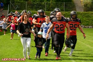 mike-kedmenec-alias-leroymike-fotograf-fulda-football-fulda-saints-vs-hanau-hornets-09-07-2016-01-2016-07-09-23-36-46-300x200