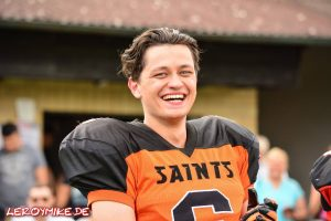 mike-kedmenec-alias-leroymike-fotograf-fulda-football-fulda-saints-vs-hanau-hornets-09-07-2016-03-2016-07-09-23-36-46-300x200
