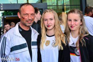 mike-kedmenec-alias-leroymike-fotograf-fulda-public-viewing-deutschland-italien-6-5-em-2016-01-2016-07-03-02-19-03-300x200