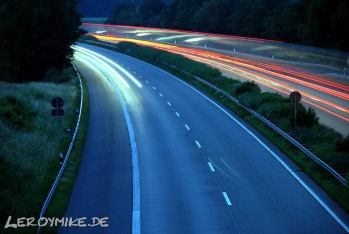 at night Lanzeitbelichtung der A7 bei Fulda