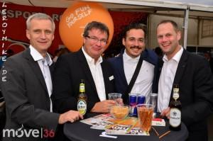 mike-kedmenec-fotograf-fulda-autojournal-autotag-2014-aussteller-party-bei-rennsport-roessler-01-2014-08-30-21-40-31-300x199