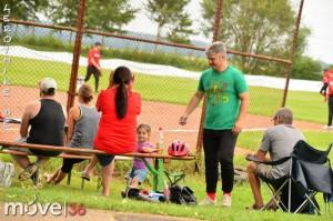 mike-kedmenec-fotograf-fulda-baseball-ft-fulda-blackhorses-vs-sg-heblos-kassel-01-2014-08-02-07-45-00-300x199