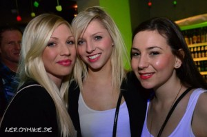 mike-kedmenec-fotograf-fulda-club-nachbar-two-faces-house-classic-04-2013-01-20-03-18-15-300x199