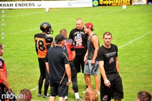 mike-kedmenec-fotograf-fulda-football-fulda-saints-vs-hassloch-02-2015-07-19-18-32-38-300x200