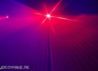 Laser - Lasershow Weitere Bilder von mir findet ihr unter www.shooting-star.eu