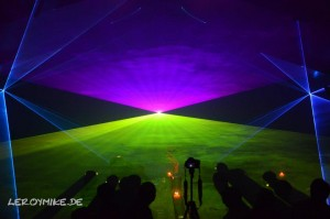 mike-kedmenec-fotograf-fulda-lasershow-02-2012-10-04-22-03-56-300x199