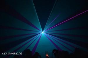 mike-kedmenec-fotograf-fulda-lasershow-03-2012-10-04-22-03-56-300x199