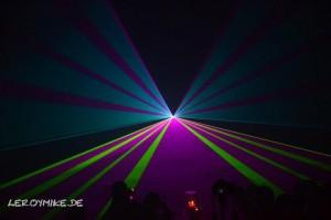 mike-kedmenec-fotograf-fulda-lasershow-04-2012-10-04-22-03-56-300x199