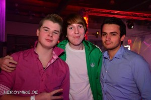 mike-kedmenec-fotograf-fulda-planet-radio-the-club-party-at-wartenbergoval-02-2012-12-23-02-45-27-300x199