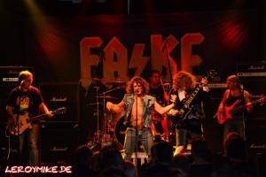 mike-kedmenec-fotograf-fulda-rocktoberfest-mit-fa-ke--guests-alte-piesel-02-2015-10-03-13-20-30-300x200