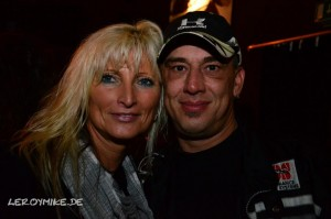 mike-kedmenec-fotograf-fulda-rocktoberfest-mit-fake-in-der-alten-piesel-02-2012-10-03-04-39-57-300x199