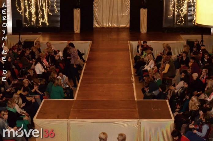 Schneider Fashionshow mit DJMäh Weitere Bilder findest du unter www.shooting-star.eu einfach regelmäßig vorbei schauen und auf dem Laufenden bleiben.
